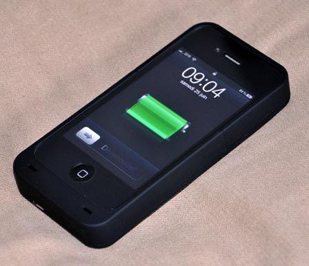 un chargeur de 10 watts plus rapide pour l 39 iphone 8. Black Bedroom Furniture Sets. Home Design Ideas