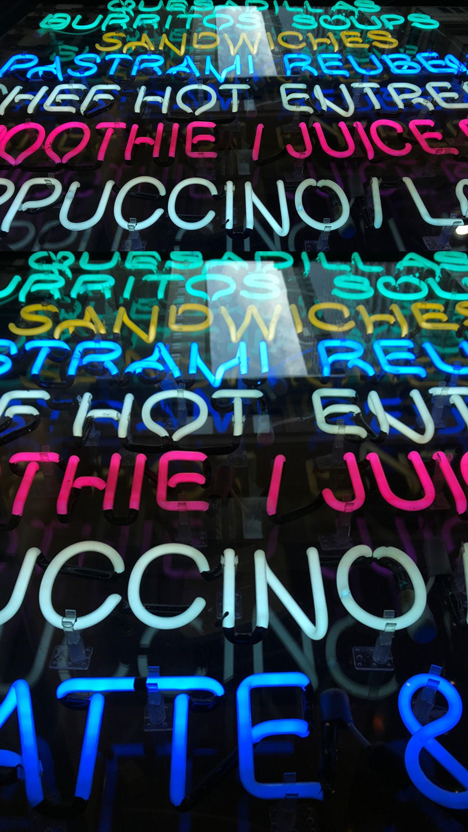 Enfin les fonds d'écrans néon que vous voulez ! - iPhone Soft