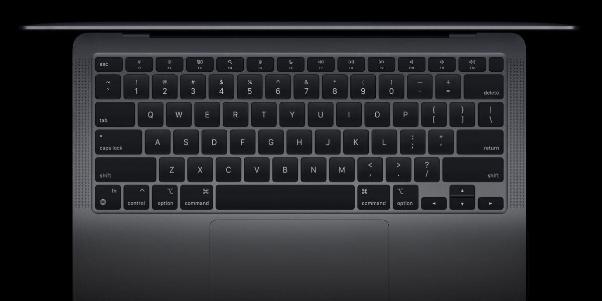 Le clavier du MacBook Air M1 possède des touches pour ...
